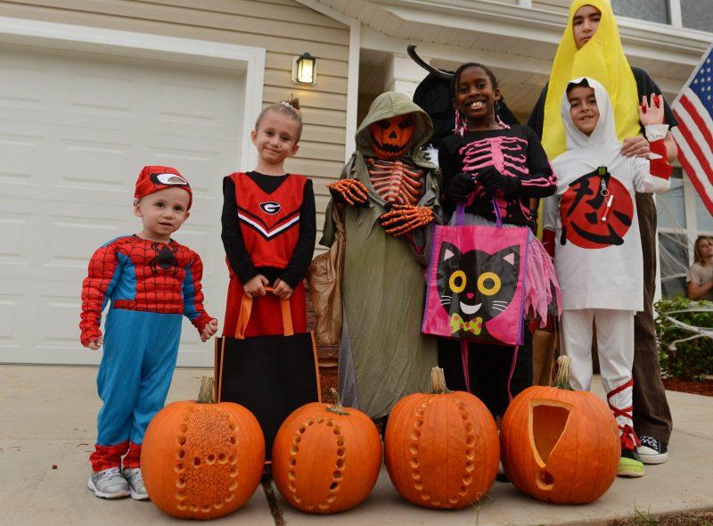 Dia de Muertos en Todo el Mundo - Estados Unidos - Halloween o Noche de Brujas
