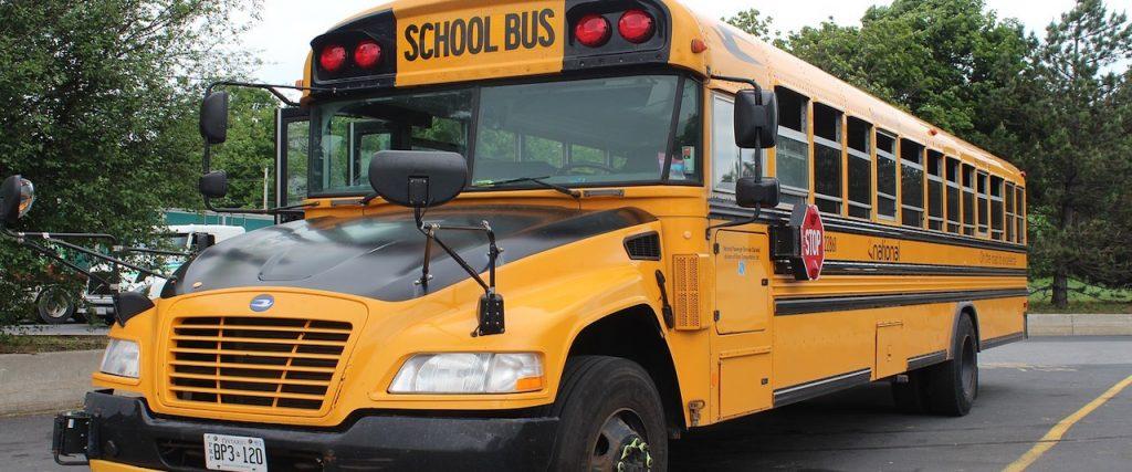 autobus escolar Canada