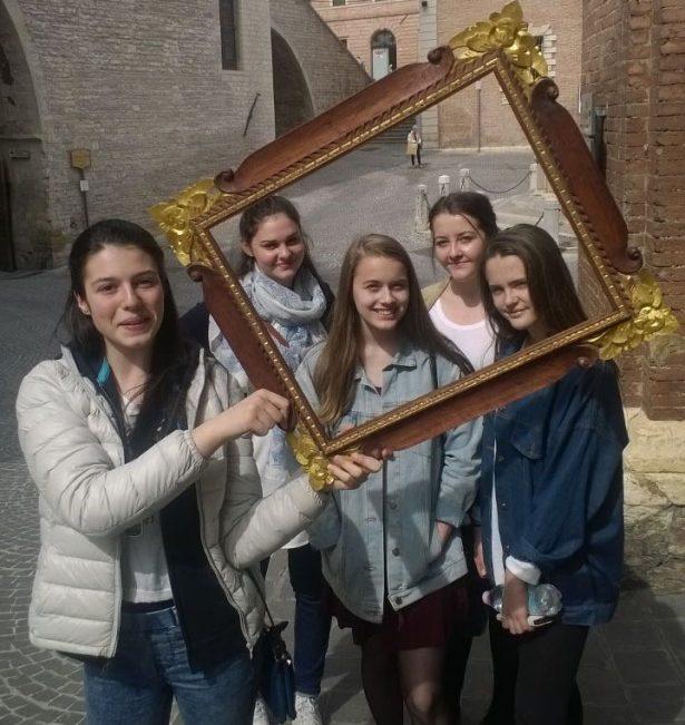 enmarcando los recuerdos en la calle de Italia