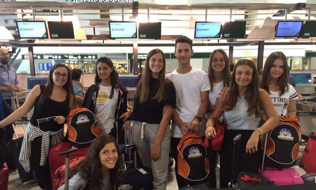 estudiantes intercambio aeropuerto